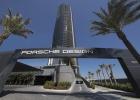 Porsche Design Tower, Site Wall